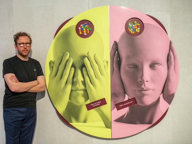 У Німеччині опублікували книгу про сліпого арт-дилера