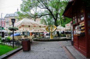 У центрі Львова хочуть знести модерністський фонтан