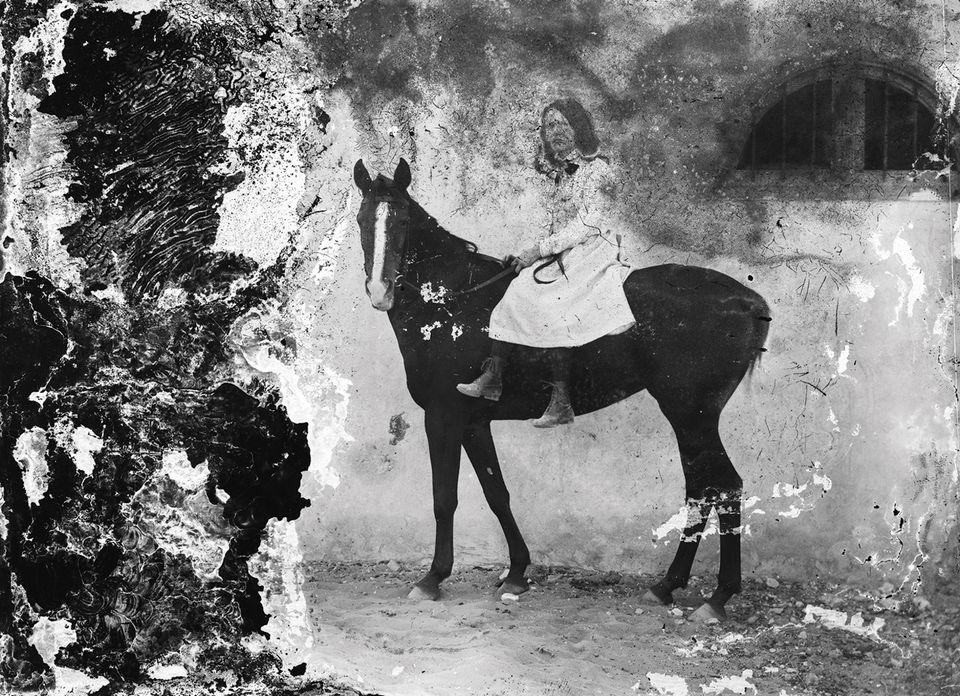В Об'єднаних Арабських Еміратах відкрили доступ до 22 000 історичних фотографій