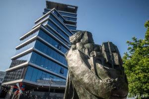 У Мінську встановили скульптуру Осипа Цадкіна за 341 тисячу доларів