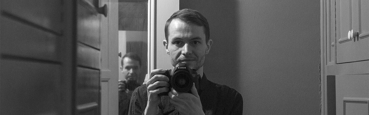 Помер художник та дизайнер Саша Пофлепп