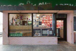 У Нью-Йорку відкрилася найбільша виставка стрит-арту та графіті
