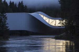 У Норвегії відкрили міст-музей