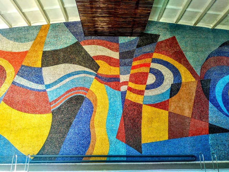У Шостці зберегли мозаїку у міському басейні