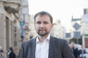 Володимира В'ятровича звільнили з посади голови Українського інституту національної пам'яті