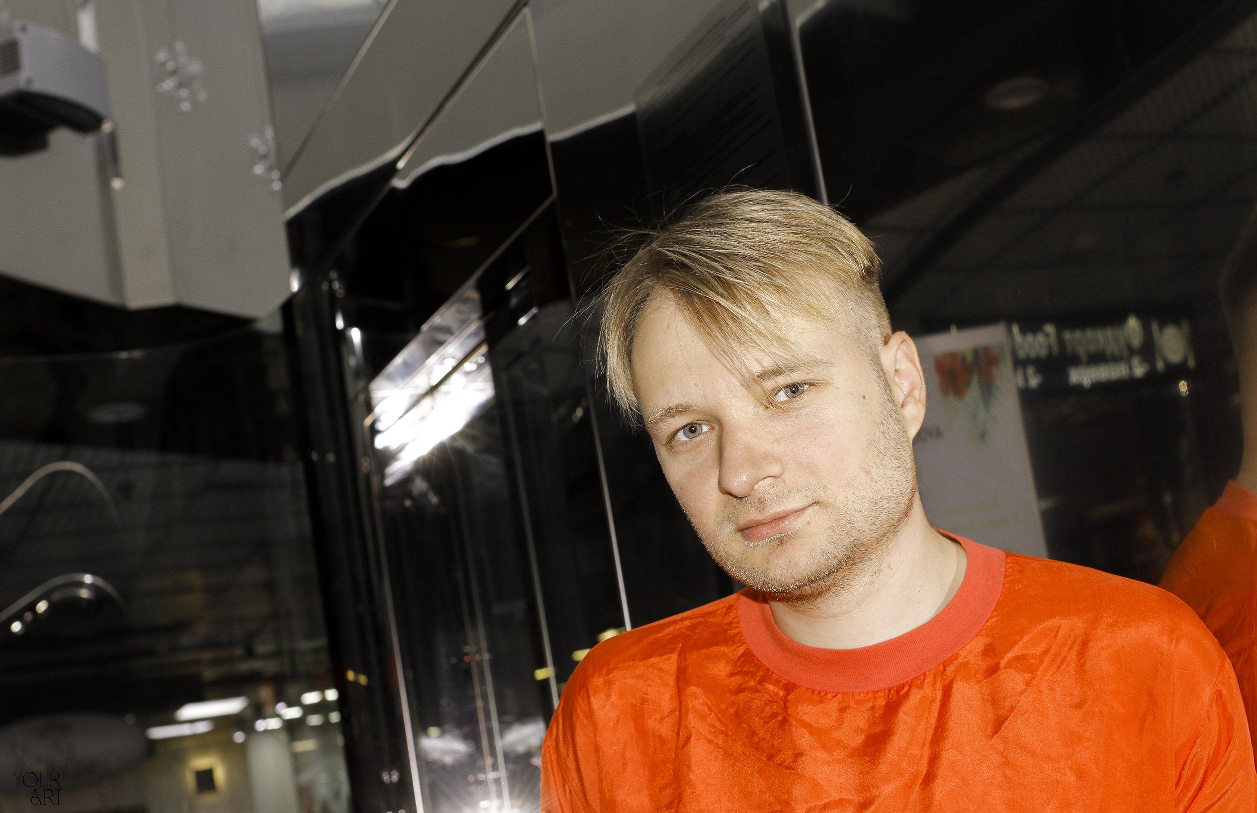 Ніколай Карабінович про недавні роботи, навчання в Генті та New Beat