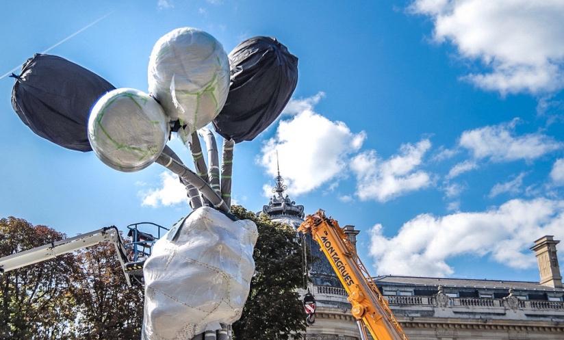 Парижани виступили проти скульптури Джеффа Кунса