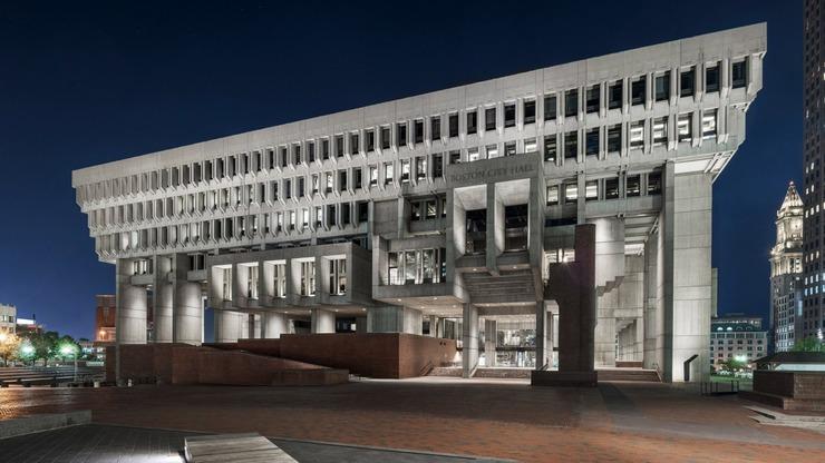 Будівлю мерії Бостона реконструювали, зберігши її бруталістський стиль