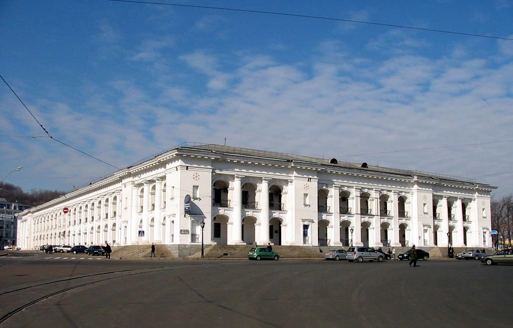 На Подолі почнуть реставрацію Гостинного дому