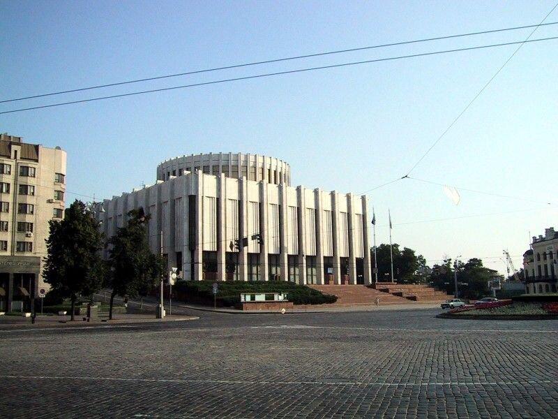 Кабінет Міністрів зупинив проєкт реконструкції «Українського дому»