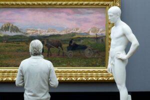 Відвідувачі музеїв у 50 світлинах