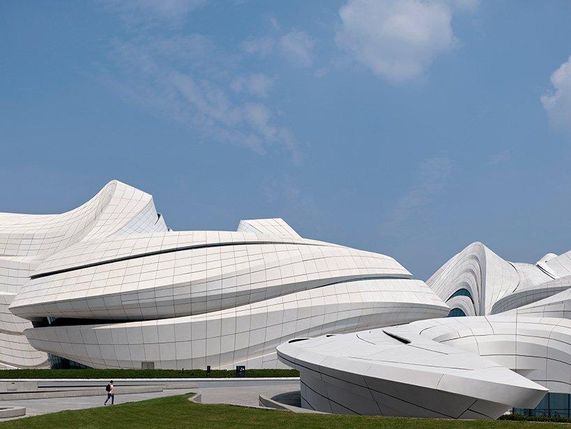 Архітектурне бюро Захи Хадід завершило проєкт мистецького центру