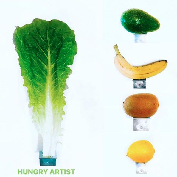Художник, який з'їв банан вартістю 120 000 $, відкрив інтерактивну виставку