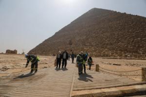 В Єгипті почали дезінфікувати піраміди через коронавірус
