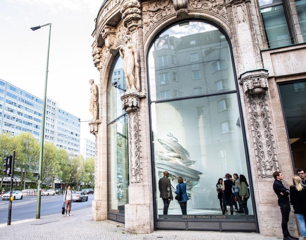 У Німеччині відкриються галереї у зв'язку з послабленням карантину