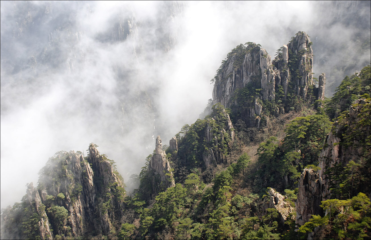 У Китаї туристи заполонили об'єкт культурної спадщини ЮНЕСКО