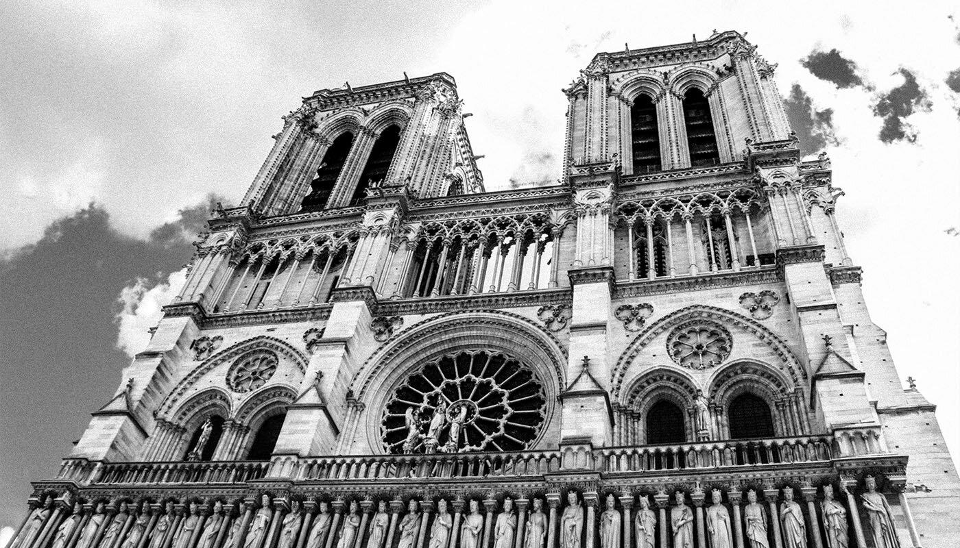 У Соборі Паризької Богоматері відновили ремонтні роботи