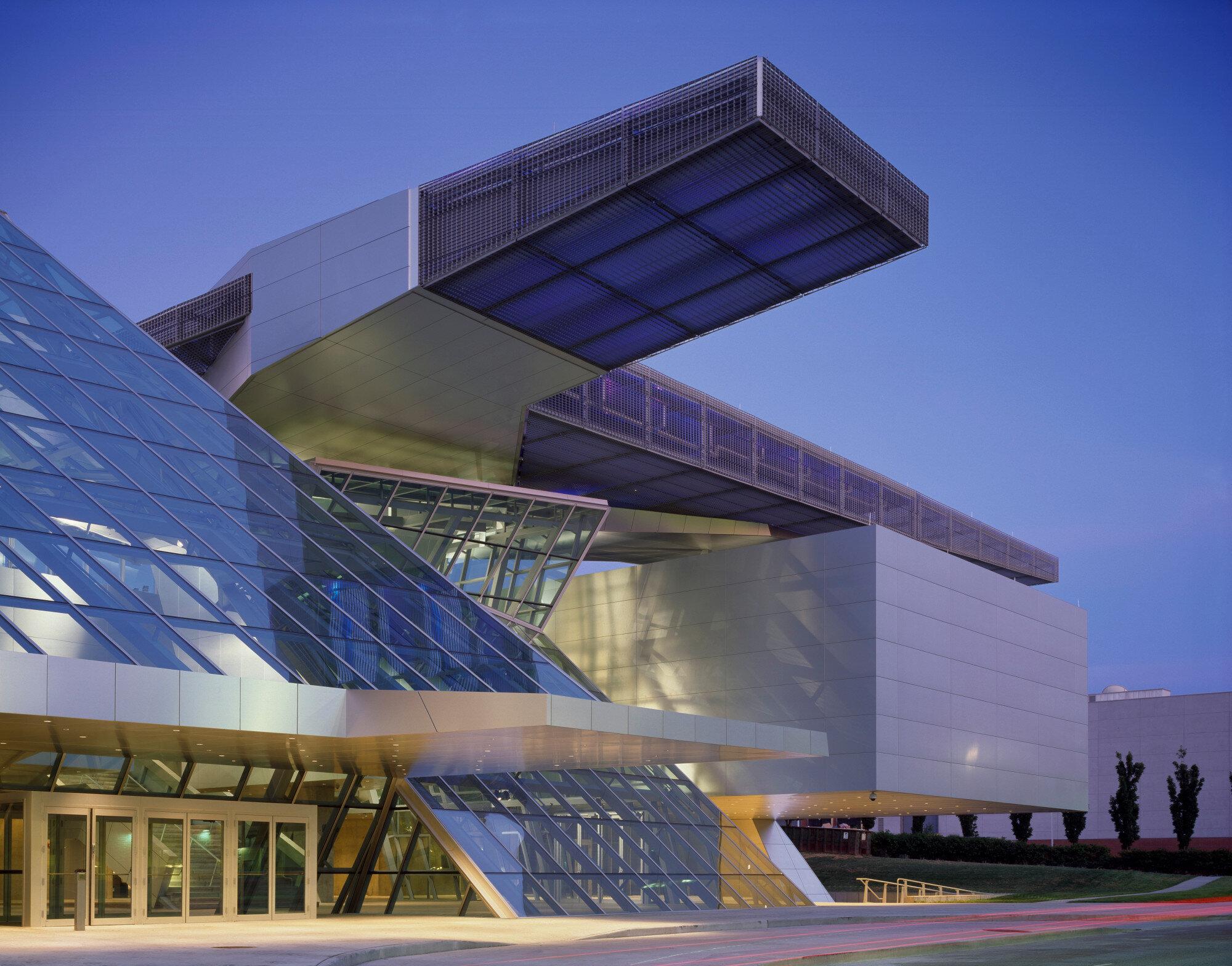 Американський музей використав ситуацію пандемії, щоб звільнити працівників