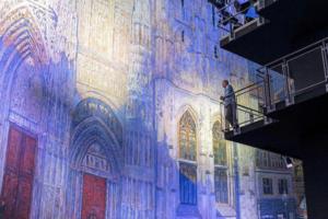У Нормандії показали масштабне світлове шоу картин Моне
