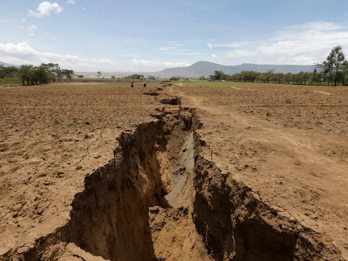 Вчені: африканський континент розпадається на частини