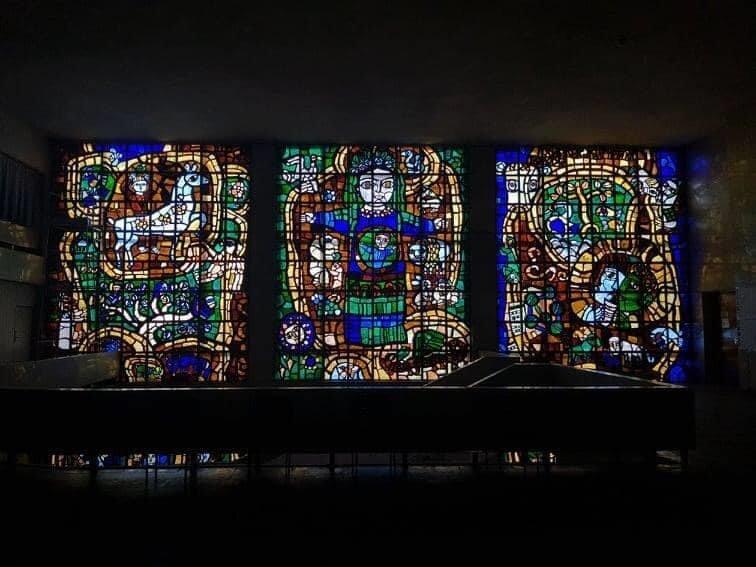 У Білій Церкві демонтували частину вітража Івана-Валентина Задорожного