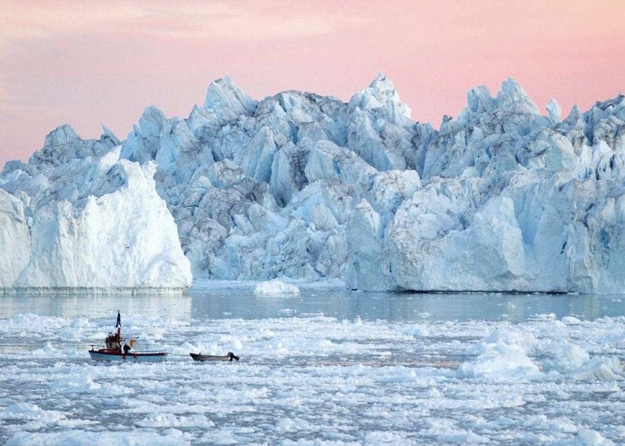 Крижаний покрив Гренландії розтанув до критичної точки