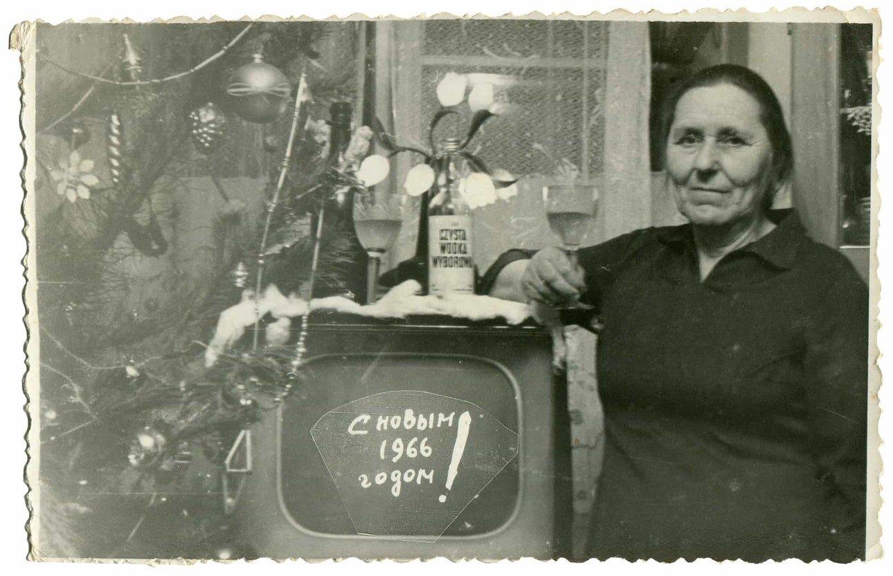 Ближче, ніж здавалося: нотатки про українські кіноексперименти 1960-80 років