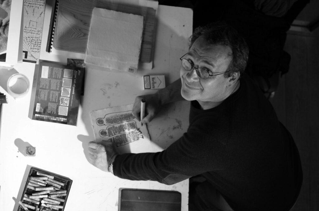 Михаил Рева: «Мы все еще мыслим в парадигме советской монументальной пропаганды»