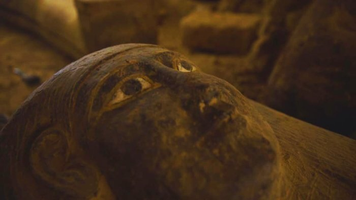 У Єгипті знайшли 13 невідомих саркофагів