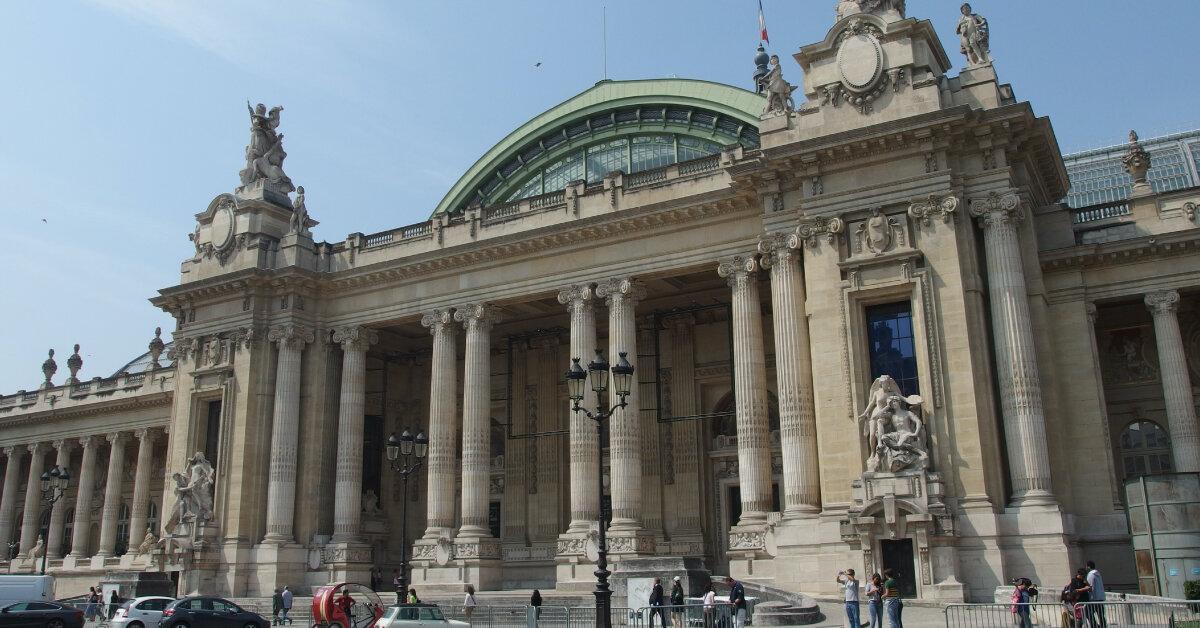 У Парижі скоротили витрати на реконструкцію Великого палацу