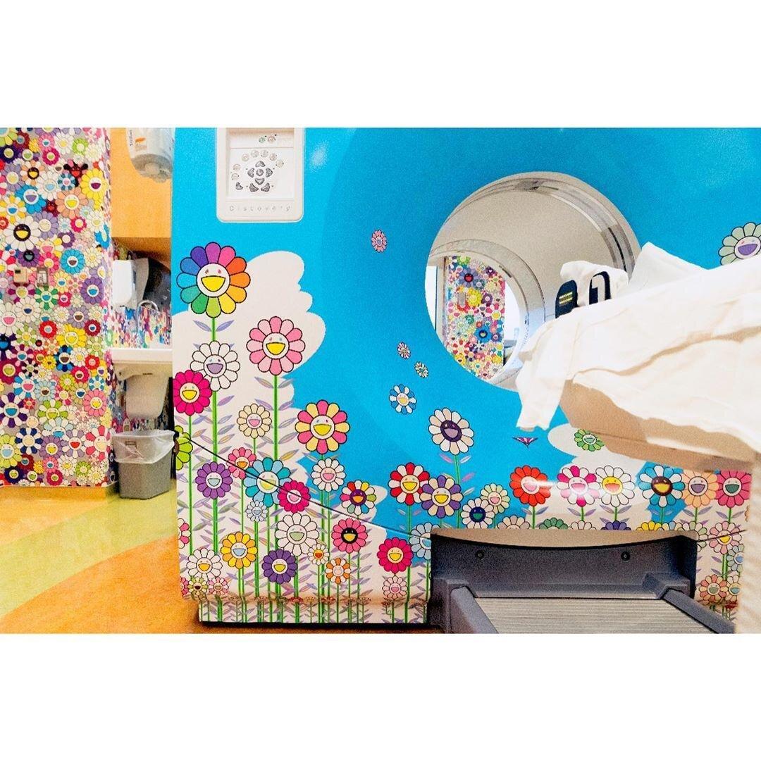 Такаші Муракамі прикрасив кімнату дитячої лікарні