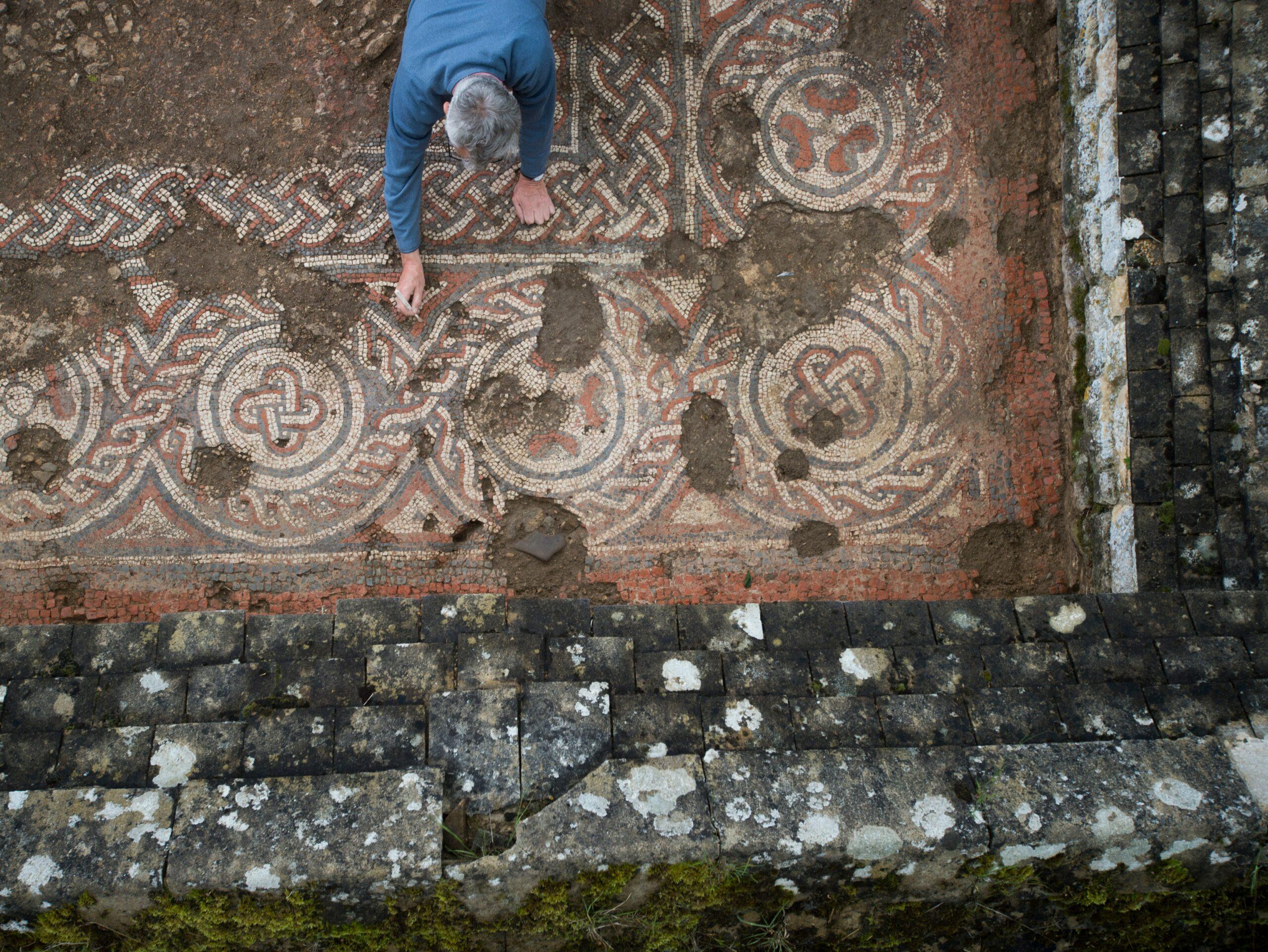 У Британії археологи знайшли давньоримську мозаїку