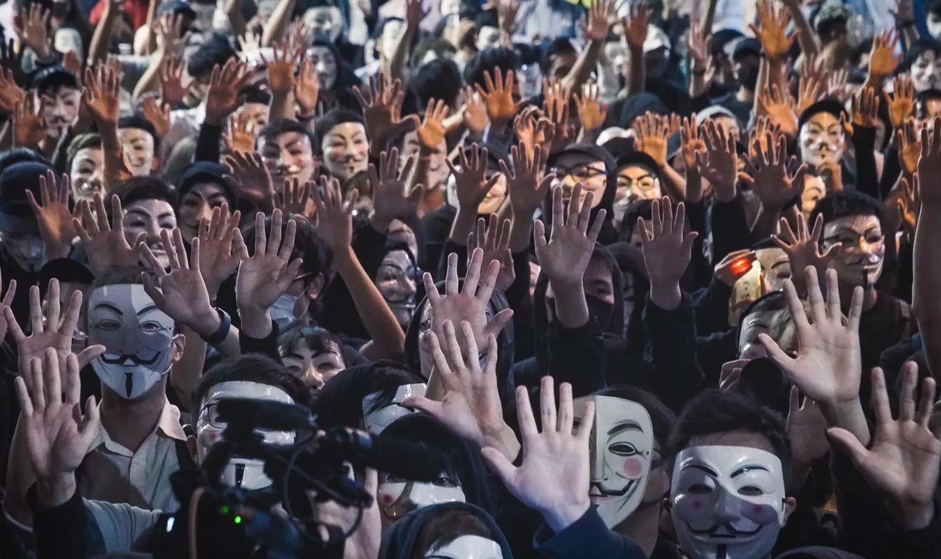 Ай Вейвей зняв фільм про протести в Гонконгу