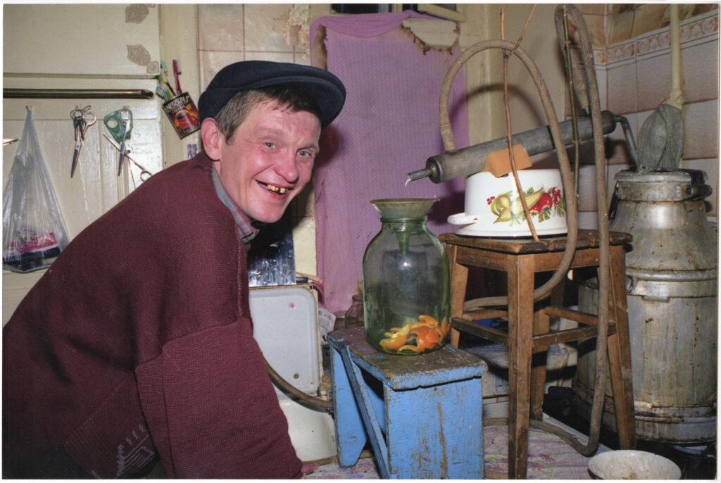 Сергій Солонський, з серії Самогонщики, 2000, кольоровий друк