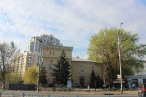 Міністерство культури має погодити проєкт торгового центру біля метро «Арсенальна»
