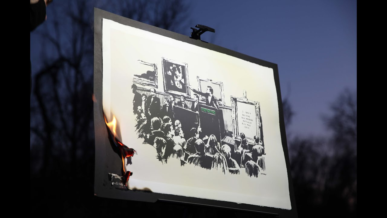 Роботу художника Бенксі спалили