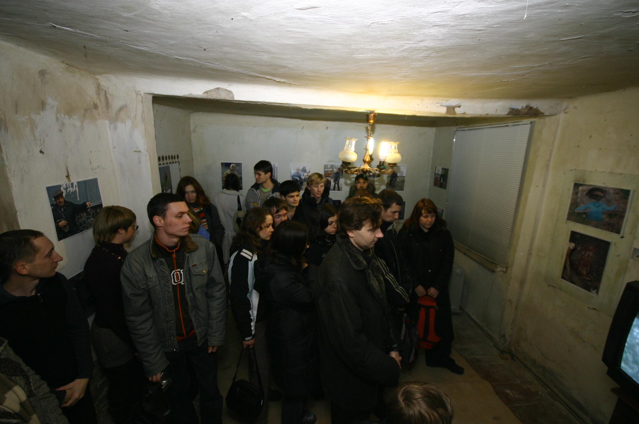 Галерея-лаборатория SOSка. Выставка Сергея Попова. 2007