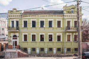 У Києві почали зносити чергову історичну будівлю