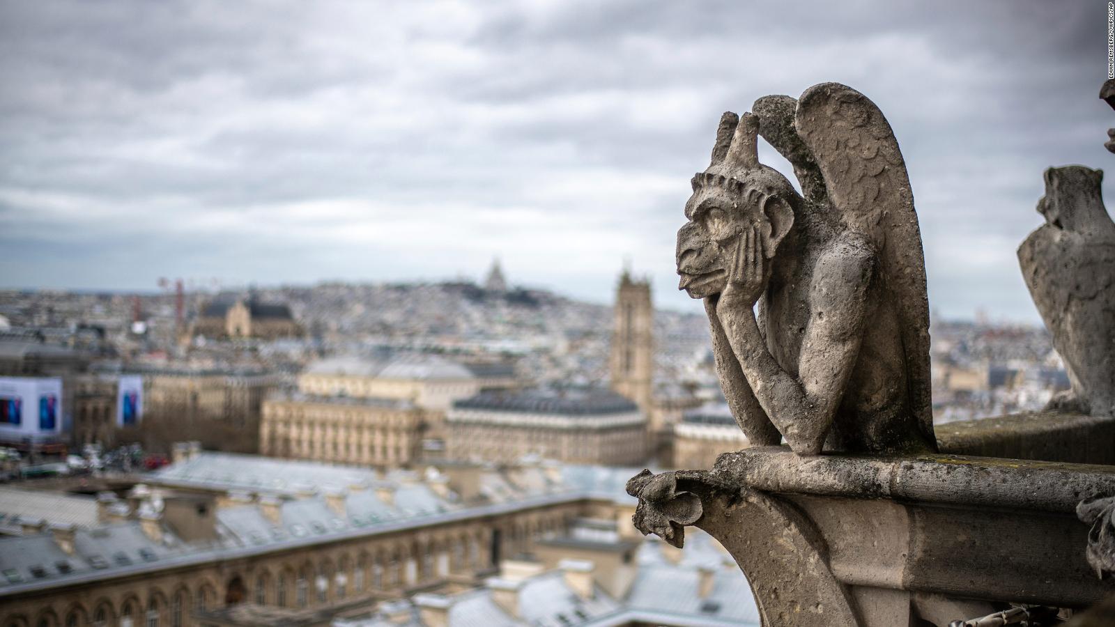 У Парижі збирають гроші на відновлення горгуль Нотр-Даму