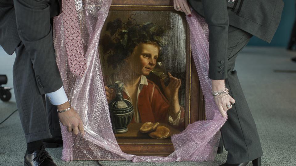 Інтерпол розшукує: міжнародна організація створила застосунок, який дозволяє ідентифікувати викрадені твори мистецтва