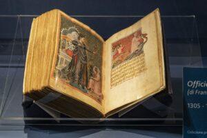 8 фото: в Італії відкрили виставку до 700-річчя Данте