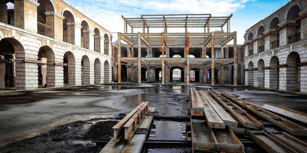 Київському Гостиному двору дали значення культурної пам'ятки