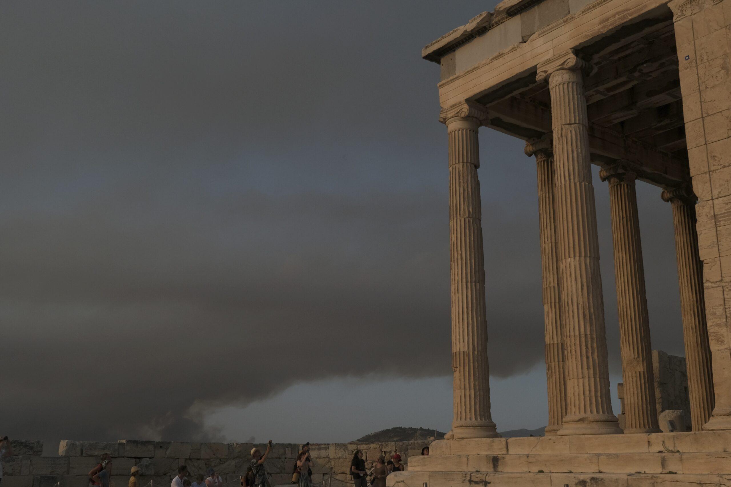Грецький Акрополь закрили через пожежі