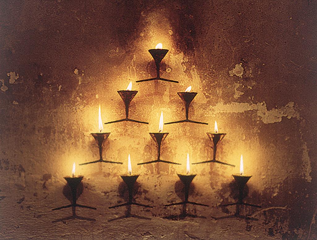 «Фонтан виснаження» бронзовий меморіал, Харків, 1996