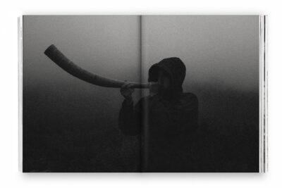 «Відчуженість»: про нову фотокнижку  Вадима Худолія